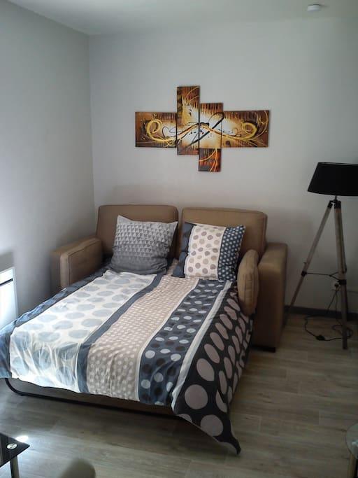 studio meubl et quip tout confort hyper centre apartments for rent in niort nouvelle. Black Bedroom Furniture Sets. Home Design Ideas