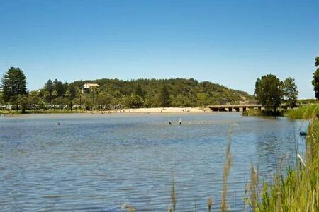 Lakeview and Beach Paradise! - Narrabeen