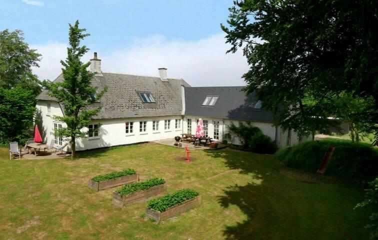 Rustik villa i landlige omgivelser - Stenstrup - Casa