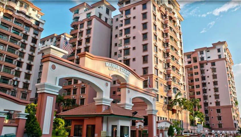 Oakley Vacation Pool View 三卧室6人住宿 - Kota Kinabalu - Apartemen