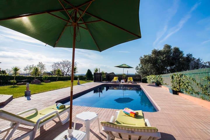Casa do Vale – Com 4 quartos e piscina privada - Loulé - House
