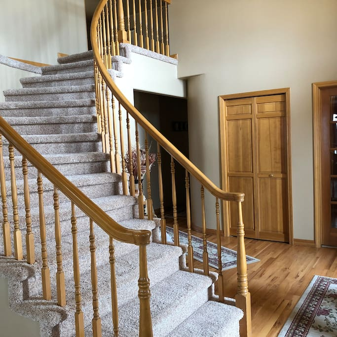 Entryway / Winding Staircase