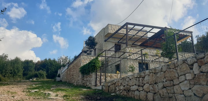 Amazing house with views in the mounts of Batroun