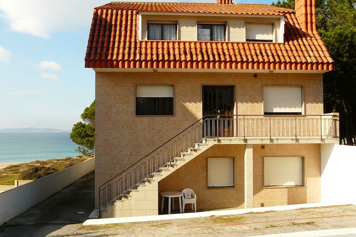 Appartement confortable à Sanxenxo avec terrasse