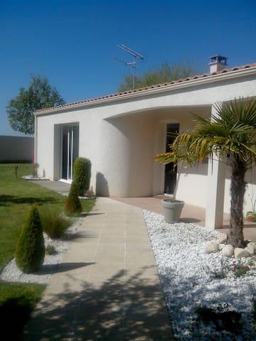 Maison avec piscine - Sainte-Soulle