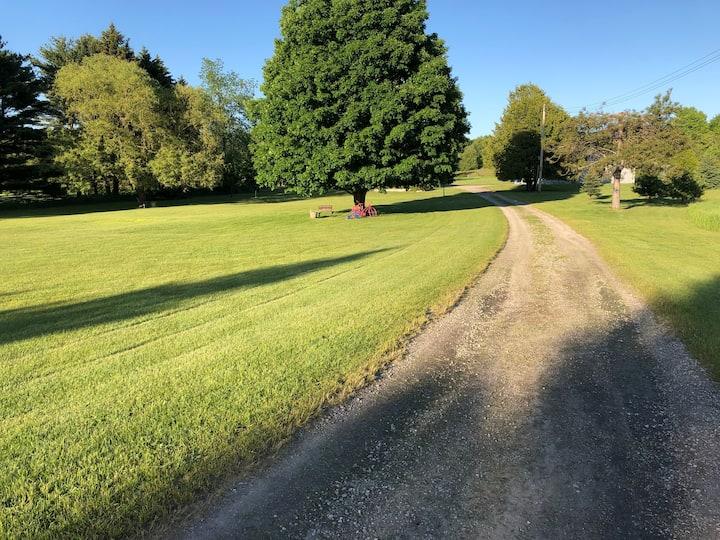 Willow Rose Farm:  Private suite/entrance