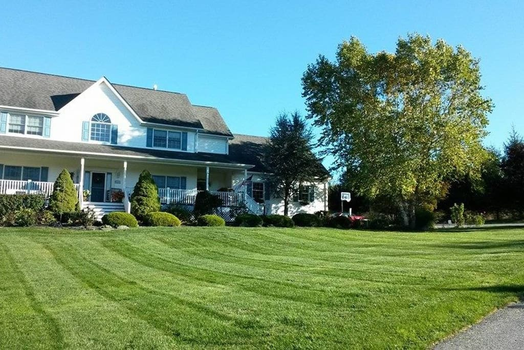 Hudson valley getaway houses for rent in chester new for Hudson valley weekend getaway