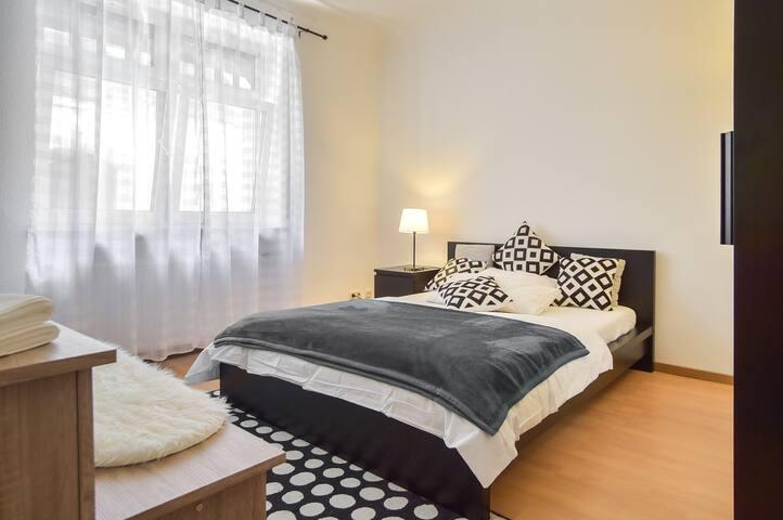 Cozy room downtown Stuttgart 2