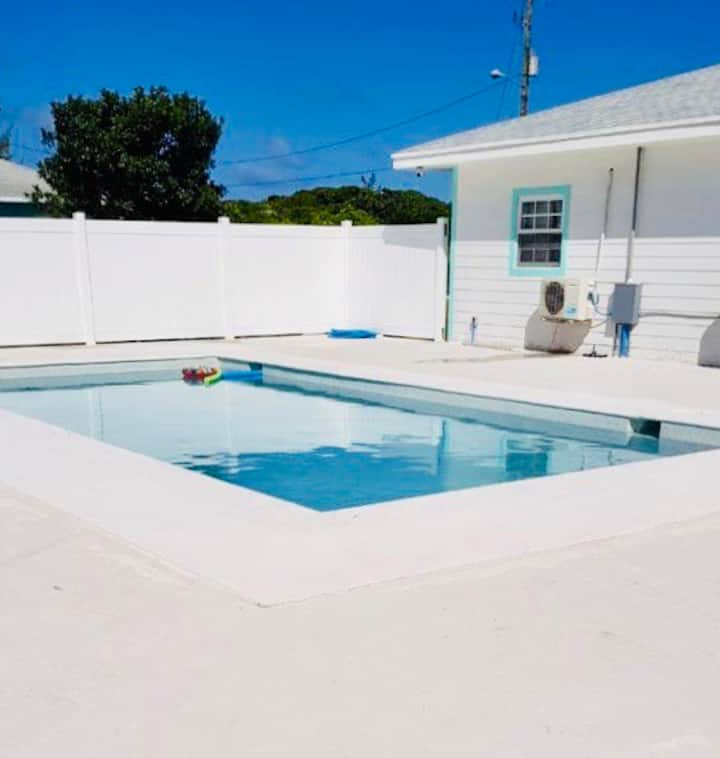 BLUE BEACH POOL HOUSE