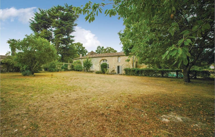 Beautiful home in St Germain with 4 Bedrooms