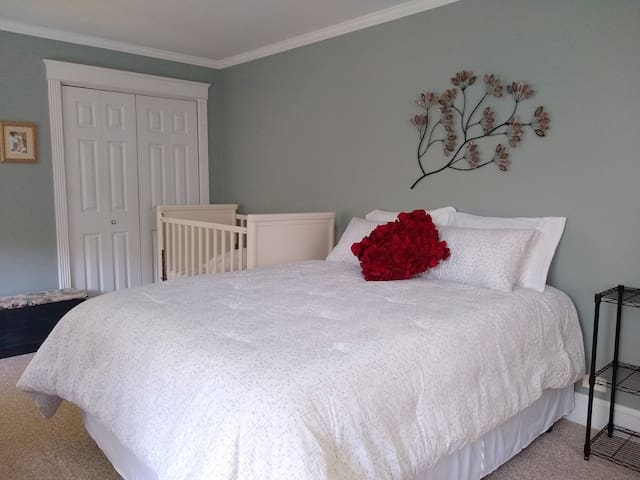 Our spacious Gray Room is upstairs and private, with a queen bed, (a full size rib), and a comfortable new rocking chair which reclines.