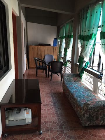 Rooms Makati Guadalupe Edsa Fort