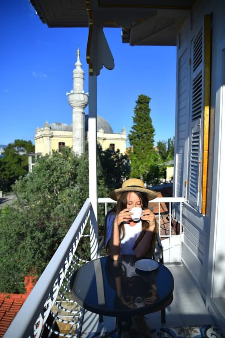 RasimBey Teras Katı-Deniz manzaralı-800metre bahçe