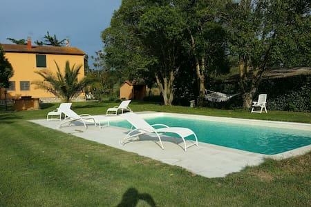 Casale immerso nella natura - Tuscania