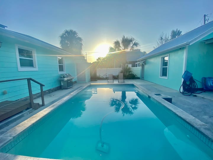Single Family Pool Home, Close to Downtown Tampa!