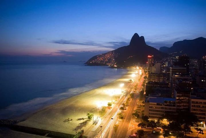 Best location of ipanema- Rent Room