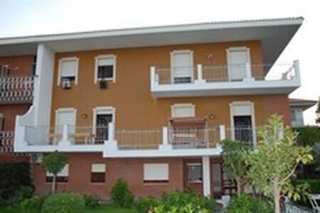 Fantastica villa sul mare Jonio - Guardavalle Marina - Villa - 1