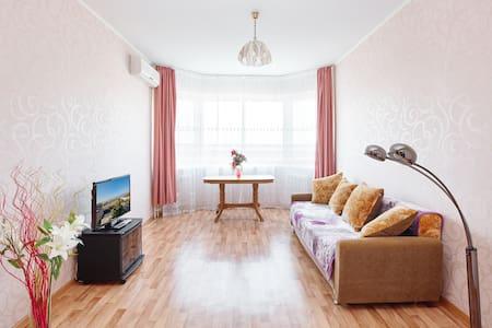 Квартира с шикарным видом на Амур! - Jabárovsk