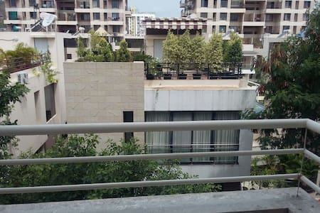 Luxurious 1 BHK Furnished - Pune - Leilighet