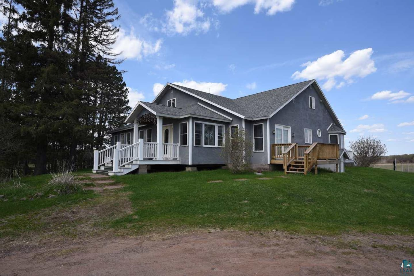 4000 square foot home on 160 acres. Panoramic views!
