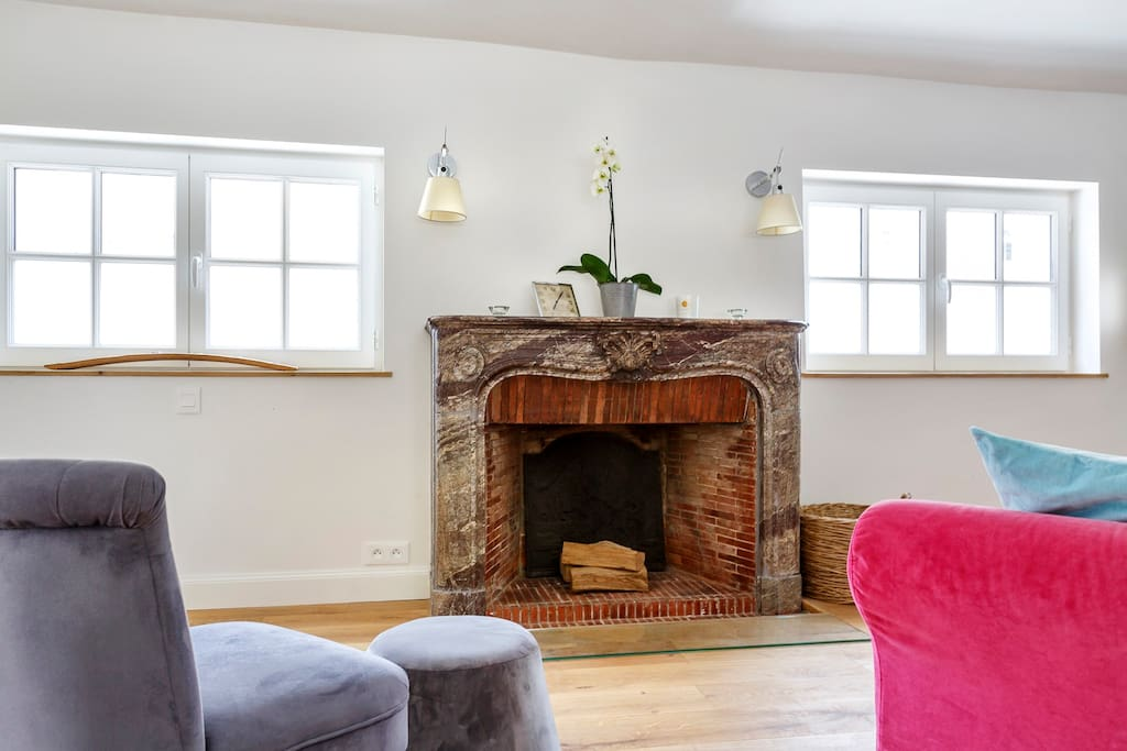 Fully functional fireplace
