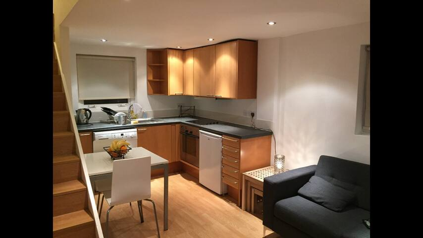 One Bed Flat in Battersea close to Clapham Common