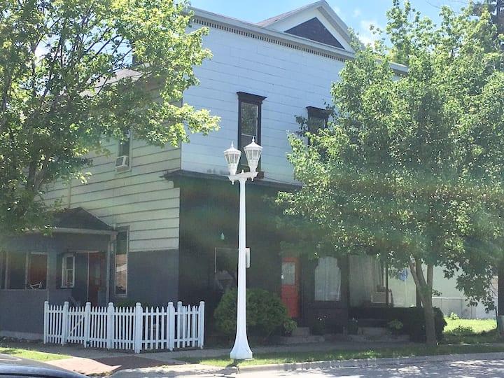 Historic Columbus Ave. Apt 2