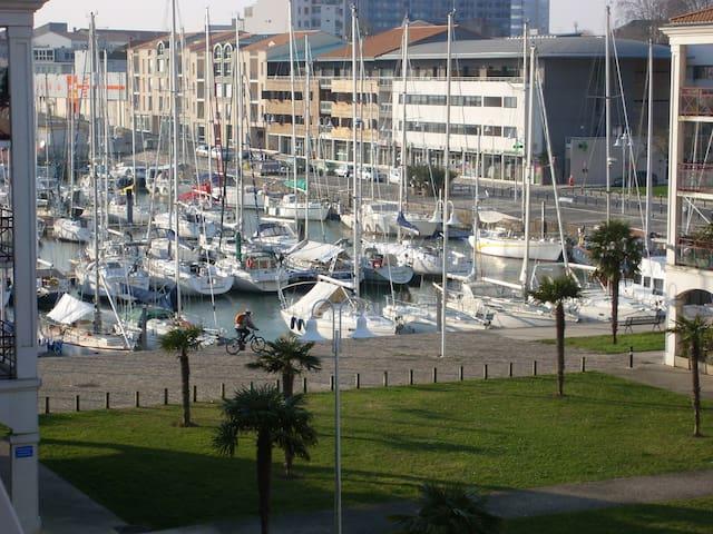 T2*pour curistes &vacanciers - Rochefort - Apartment