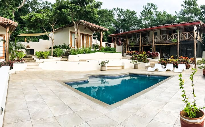 Peaceful Hillside Villa with Stunning Views