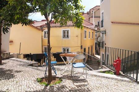 Petit Loft In Alfama - Lisboa