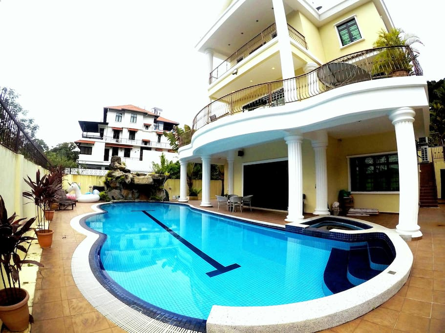 Bungalow With Heater Pool Batu Ferringhi Bungalows For Rent In Ayer Itam Pulau Pinang Malaysia
