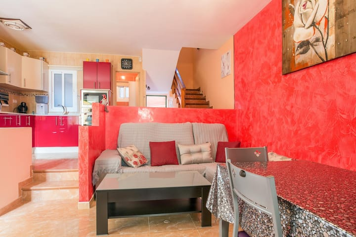 """Cozy Vacation Apartment """"Casa Ango"""" with Shared Pool, Wi-Fi, Balcony & Terrace; Parking Available"""