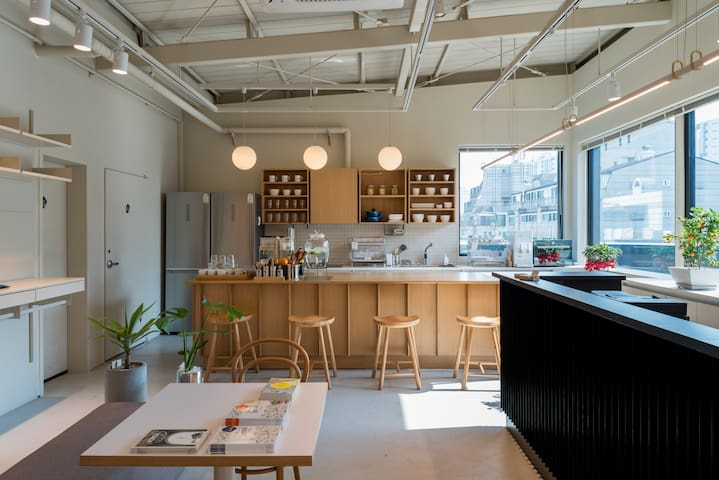 upflo Design Hostel ROOM 303 (Seocho, Gangnam)
