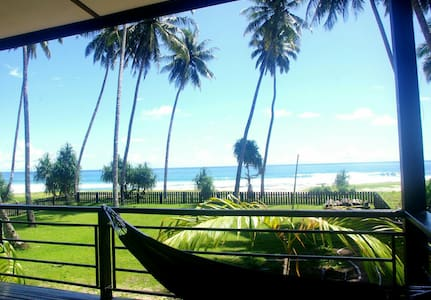 ISLAND TIME SIMEULUE BEACH HOUSE SEAVIEW ROOM 2