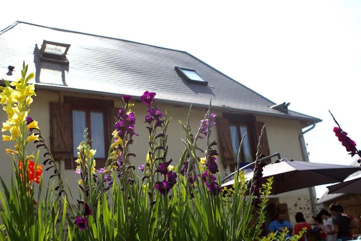 Gite 8 Personnes proche Uzerche (Corrèze)
