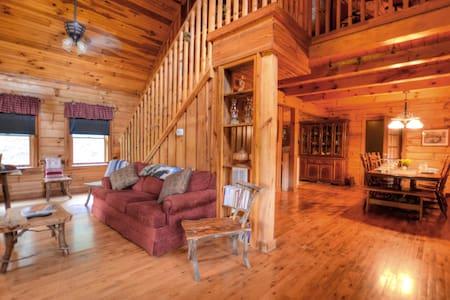Percy's Paradise Cabin-Smoky Mountains-Cherokee
