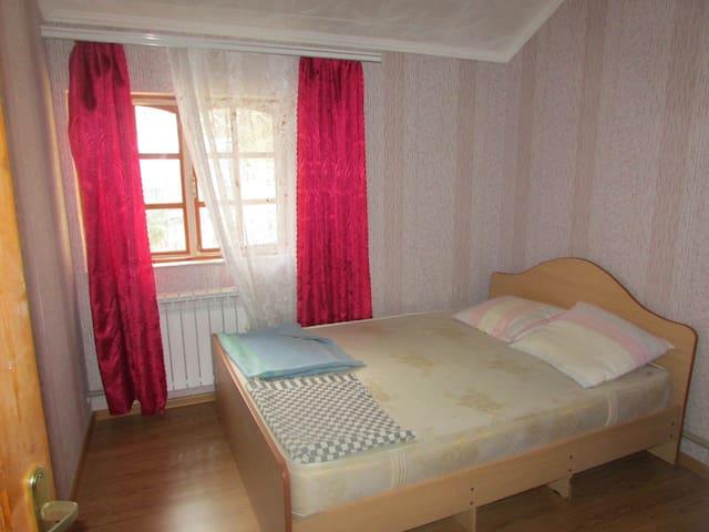 Двухместный номер с душем и кондиционером в Лоо - Bolshoy Sochi - Bed & Breakfast