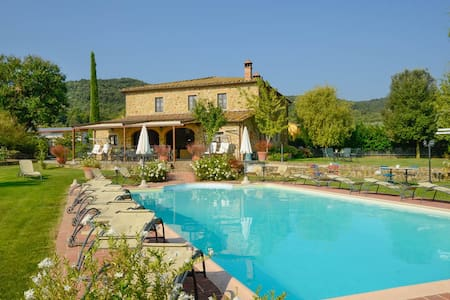 Villa with Pool Casa la Quiete - Civitella in Val di Chiana - Дом