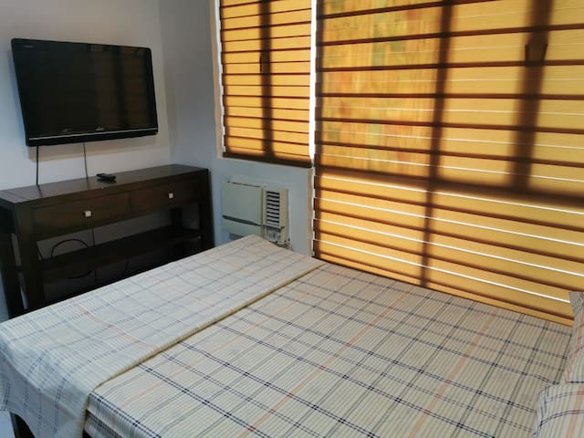 Condo for rent near Heart Center/East Ave (New)