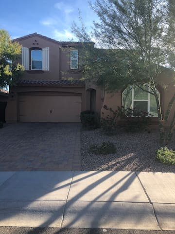 Beautiful newer home in Peoria AZ. Spring Training