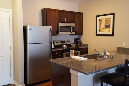 New~Upscale~Entire Furnished Apartment!!! - Worthington - Serviced apartment