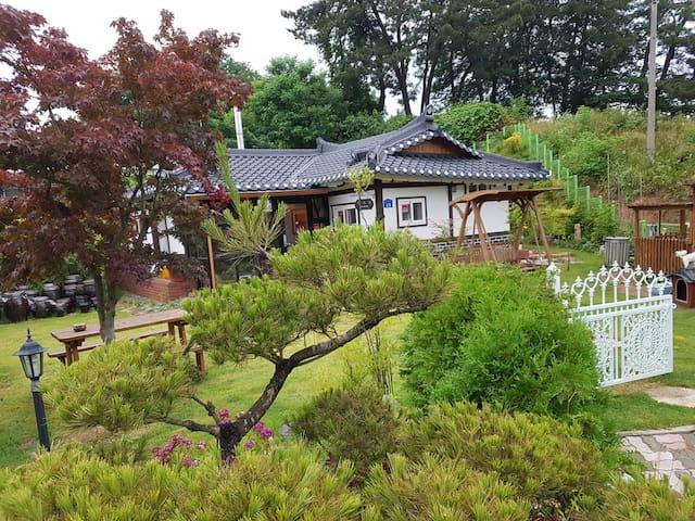한옥펜션 사계절(독채전용) - Eumbong-myeon, Asan-si - Huis