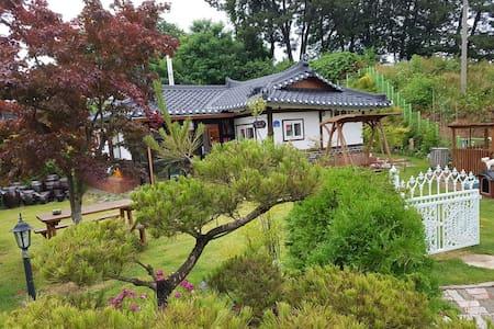 한옥펜션 사계절(독채전용) - Eumbong-myeon, Asan-si - Rumah
