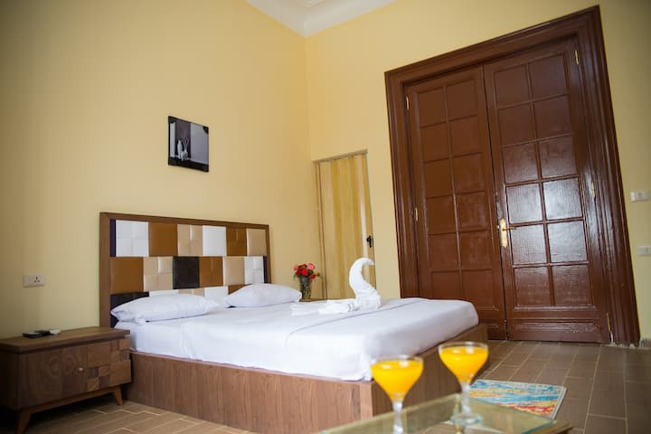 Stylish Single Room at Cairo Downtown