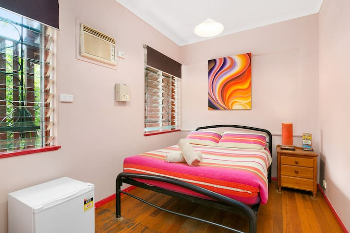Dreamtime Double bedroom  #2