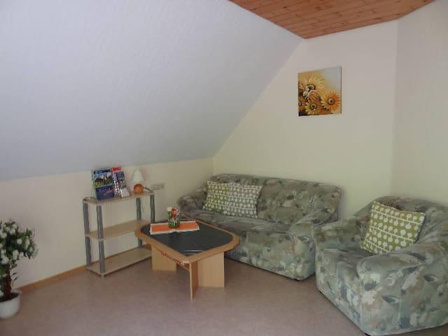 Jorchenhof, (Hofstetten), Ferienwohnung Abendsonne, 45 qm, 2 Schafzimmer, max. 4 Personen