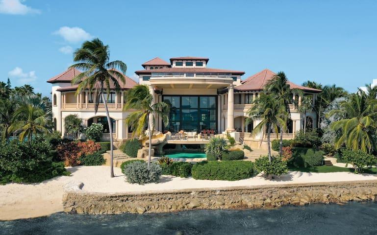 Castillo Caribe