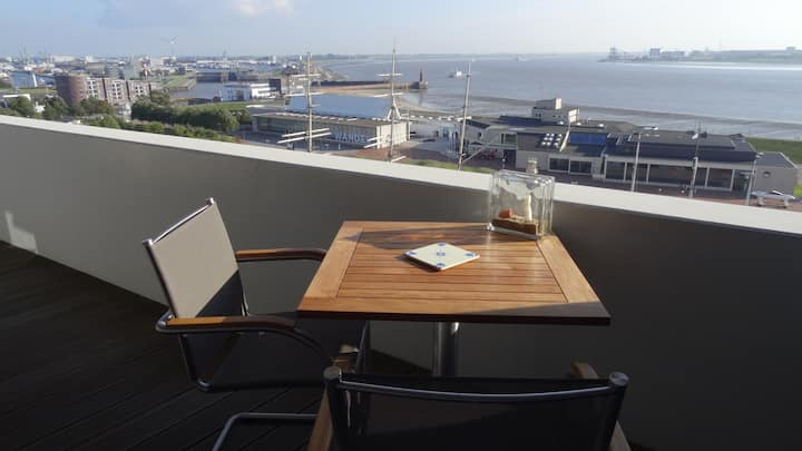 In the Centre with gorgeous views: cosy flat, 61m2