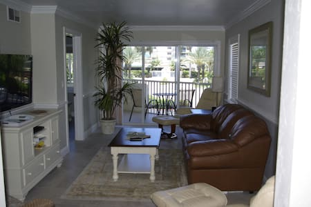 Marco Island Beach Club Condo 2 bed/ 2 bath - Marco Island