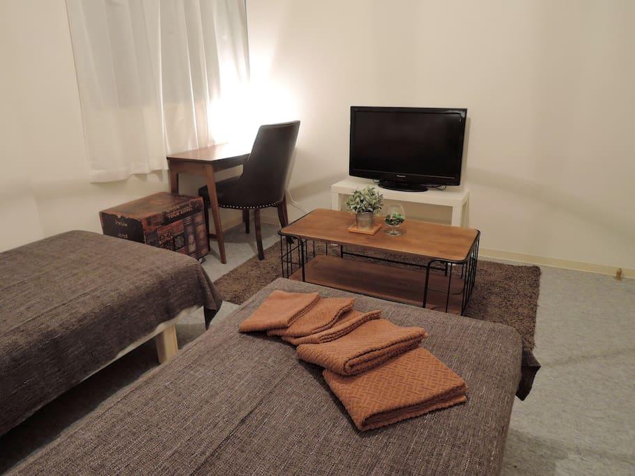 部屋にシングルベッド2つ、エクストラ布団を用意しています!! Two single beds in the room, offers an extra futon! ! 방에 싱글 침대 2 개, 엑스트라 이불을 준비하고 있습니다! ! 在房间里有两张单人床,提供了一个额外的被褥! !